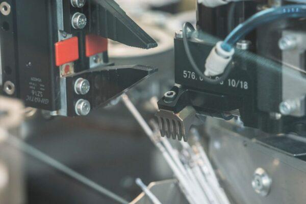 macchinari per la preparazione dei cavi elettrici